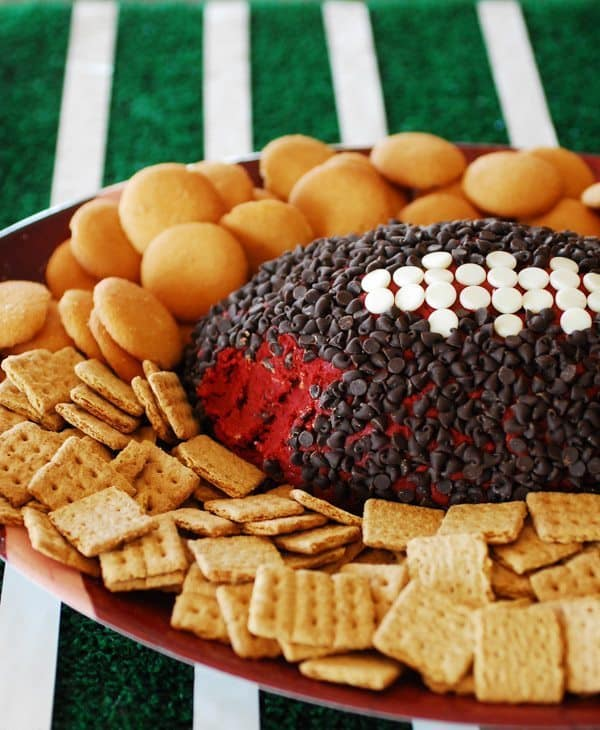Red Velvet Cheese Ball from snap creativity