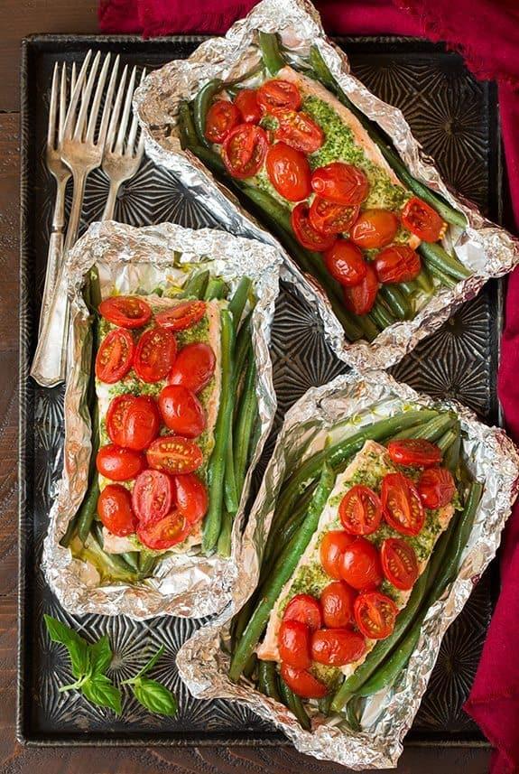5 ways to cook salmon in tin foil   Pesto Salmon and Italian Veggies in Foil